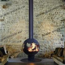 Подвесной камин с креплением к полу. Камин с топочной частью в виде сферы