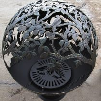 Уличный очаг для костра в виде сферы