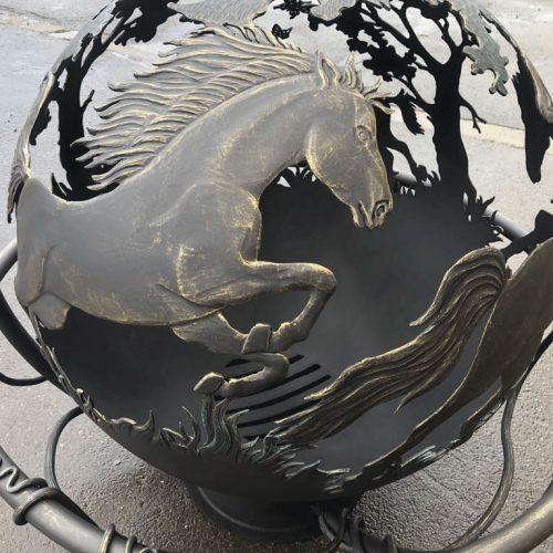 """Уличный очаг-сфера для костра """"Вольные кони"""""""