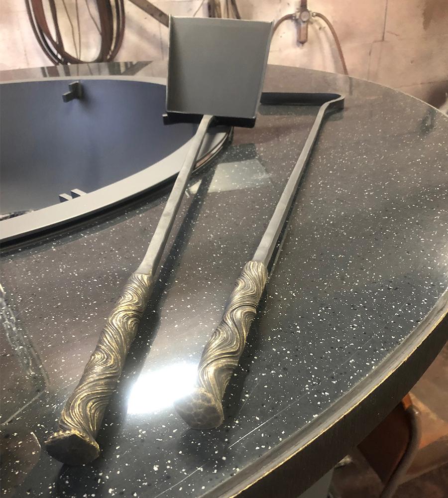 Кованая кочерга и лопатка