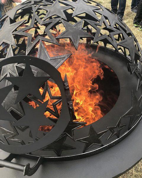 Купол для очага «Звездное небо» - дверца для закладки дров