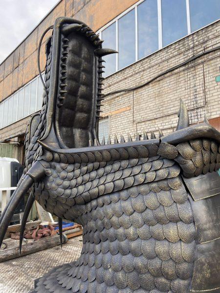 Кованый мангал - очаг для костра Дракон